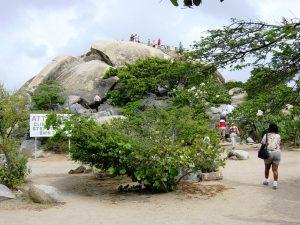 Montagne de roche - plus haut sommet à Aruba