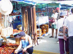 Les artisans au port