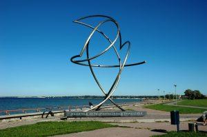 Sculpture au bord de la mer de Pirita