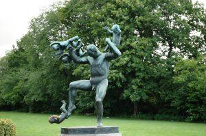 Père jouant avec ses enfants