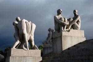 Belles sculptures d'humains