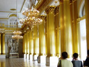 Colonnes recouvertes d'or