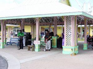 Les musiciens au port