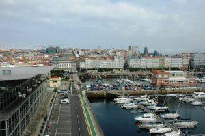 La ville ( photo prise du bateau)