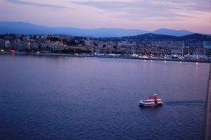 Navette entre la ville et le bateau