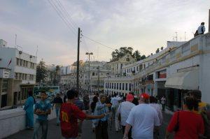 Les vendeurs à la sortie de la Médina
