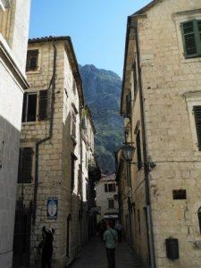 Dans les rues étroites de la vielle ville