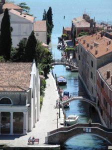Une 'rue' de Venise