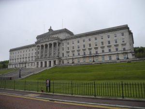 Stormfront le parlement de Belfast