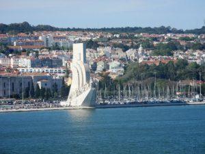 Monument a la découvert près de Lisbonne