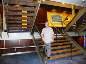 Escalier a l'arrière du bateau