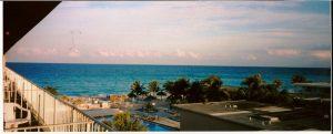 Vue de la mer depuis notre balcon