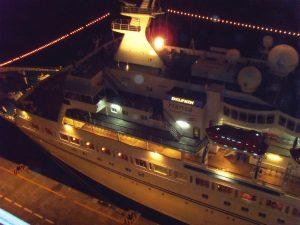 Le Delphin Hansa au port