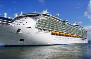 Le Freedom of the seas au port