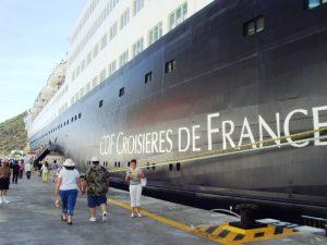 Le croisière de France au port